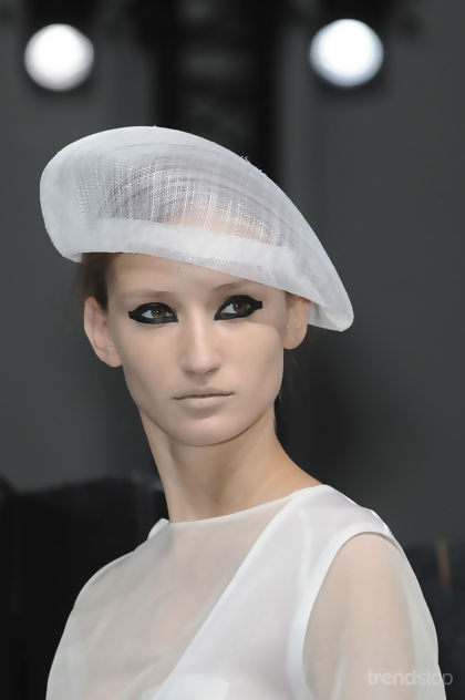 Hats All Over The Spring Summer 2012 Catwalks (6/6)