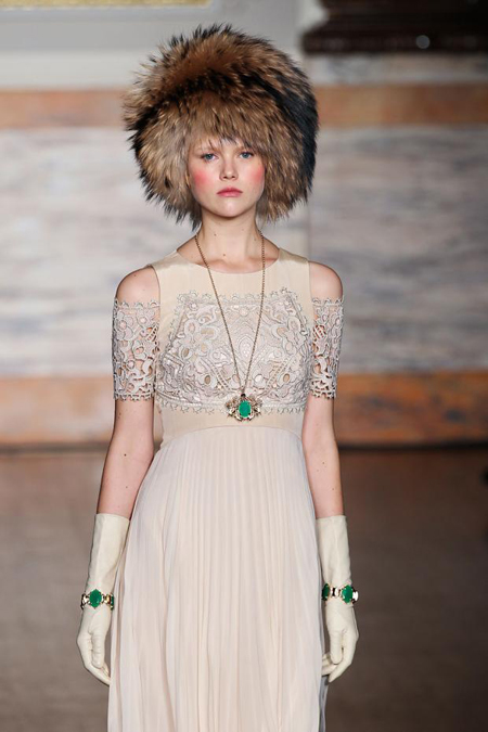 'The Russians Are Coming' at Temperley (4/6)